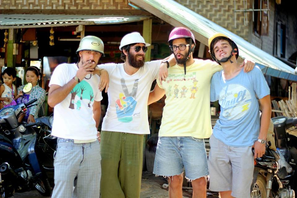 Expreso a Oriente: Hipólito, Nacho, Gaston y Joaquin