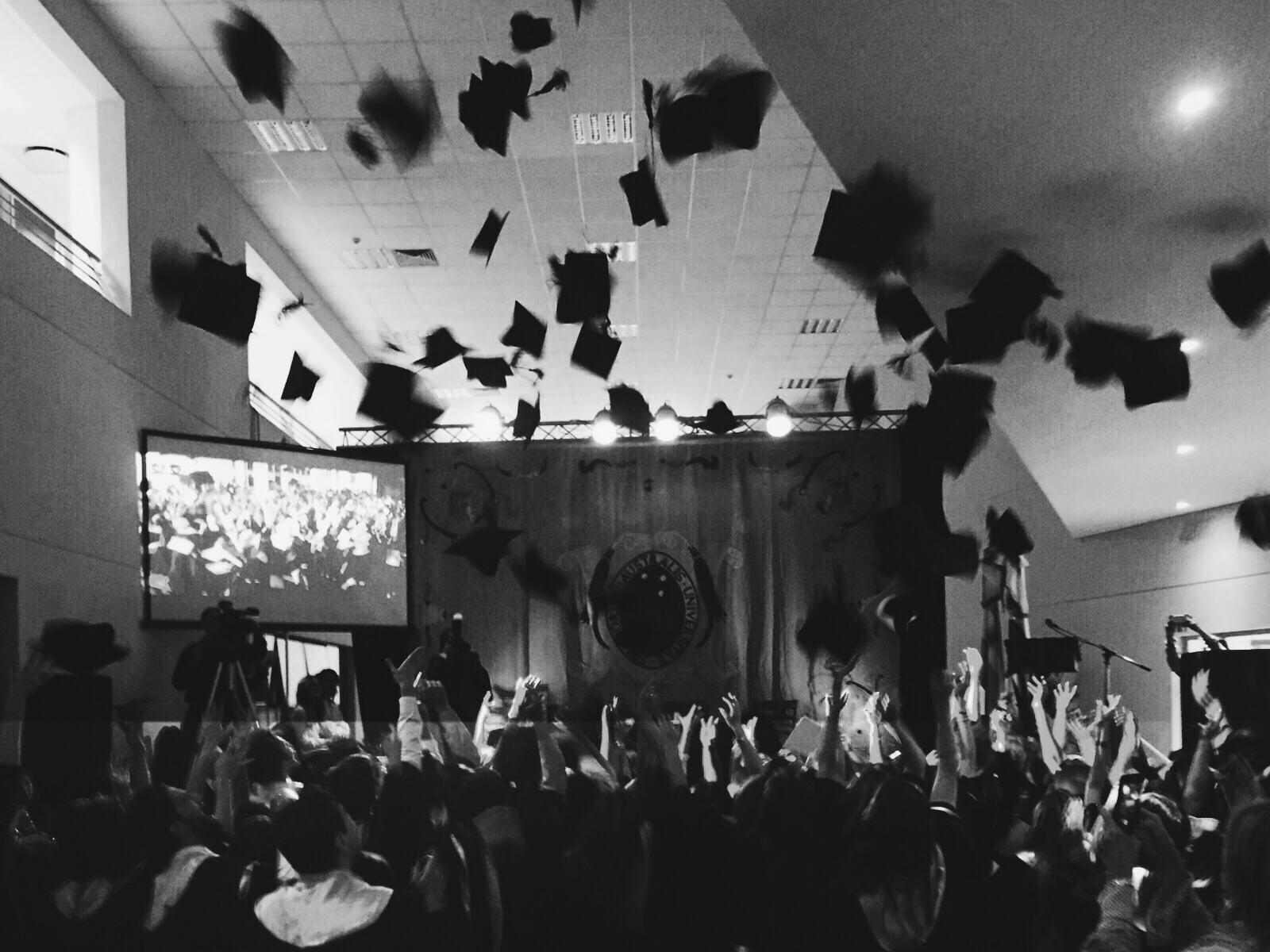 A los comunicadores | Discurso de graduación