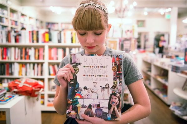 Tavi Gevinson con Rookie Yearbook 1