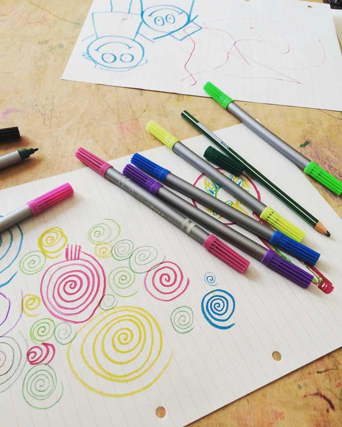 Tareas como au pair: dibujar