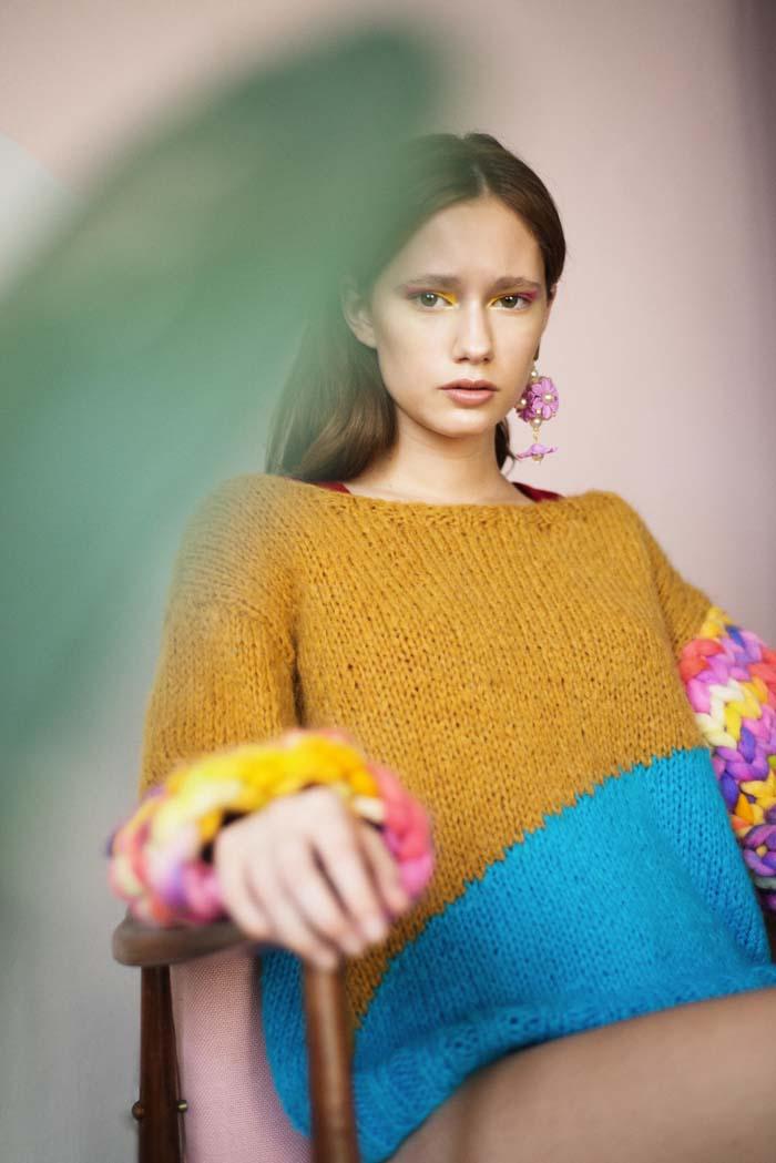 """""""Depto 1"""", fotografía de Clara Cohen, estilismo por Glaucia Cechinel, peinado y maquillaje por Consu Tapia, y Milena como modelo."""