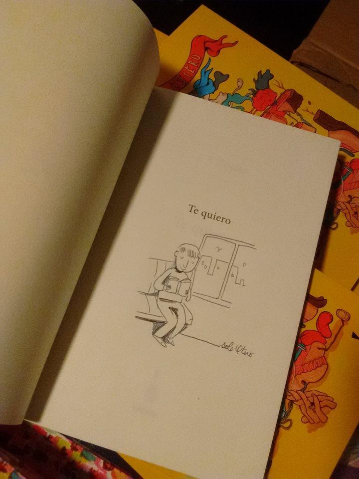 Libros de la editorial intervenidos por ilustradores.