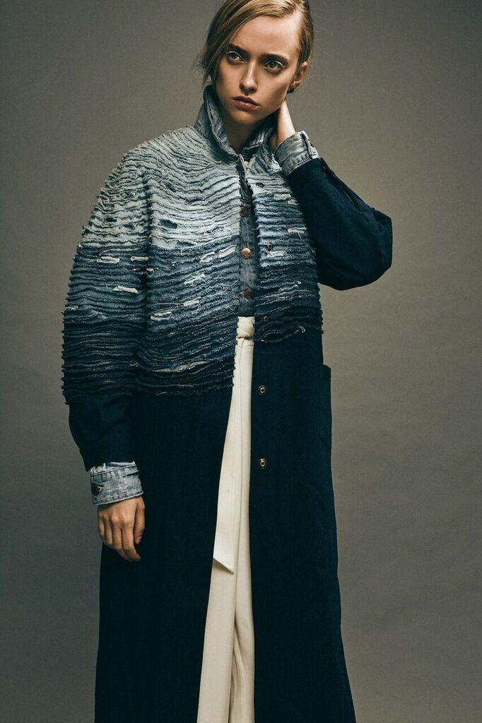 Fotos para la revista Vulkan, de César Balcazar y estilismo por Marti Arcucci, realizada en Basico Studios.